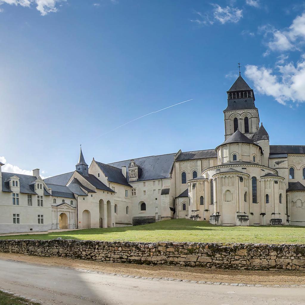 abbaye royale fontevraud vacances saumur