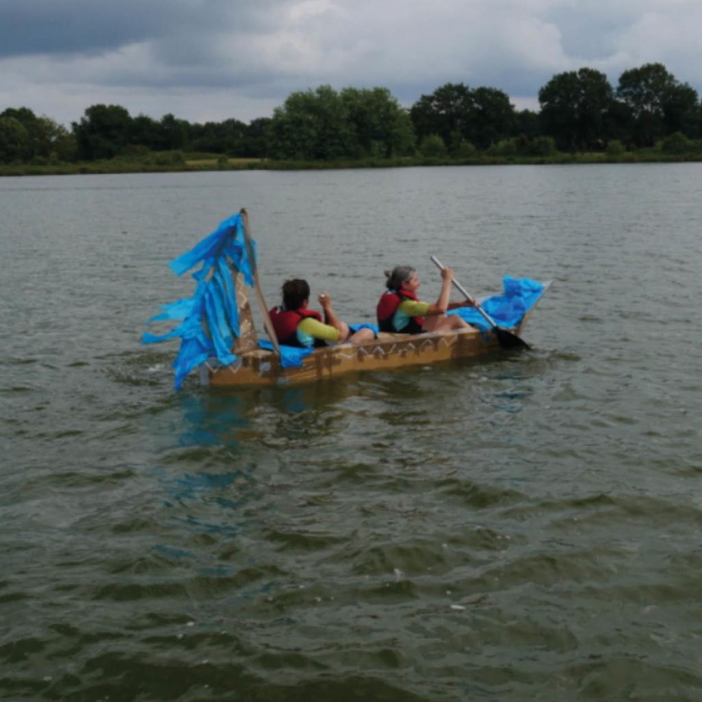 bateau en carton régate