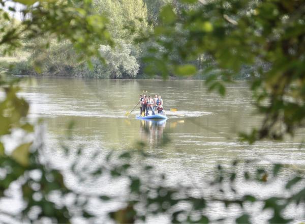 paddle géant et bivouac team building